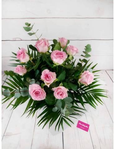 12 rosas rosadas ramo