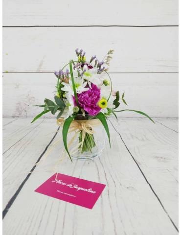 Ramillete Floral con Base  y Caja Chocolate