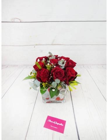 rosas rojas colombianas confeccionadas en base de cristal san valentin