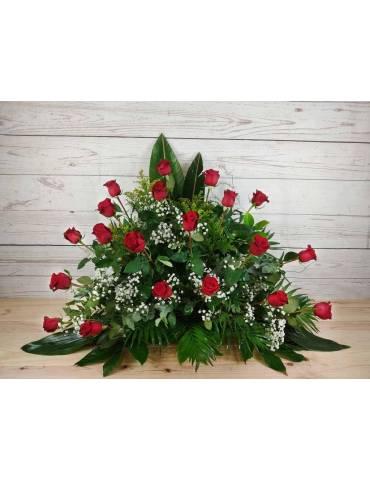 centro funerario 25 rosas rojas