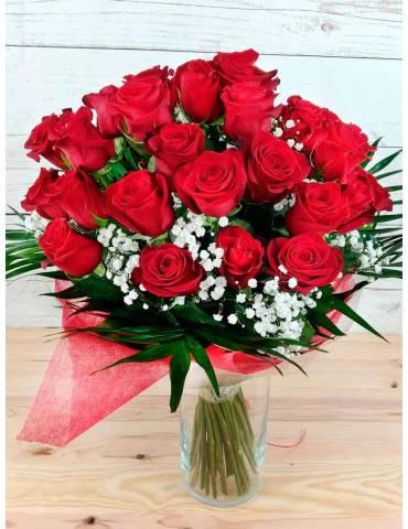 ramo 40 rosas rojas tallo largo