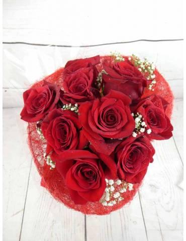 Ramo 9 Rosas Rojas Corazón