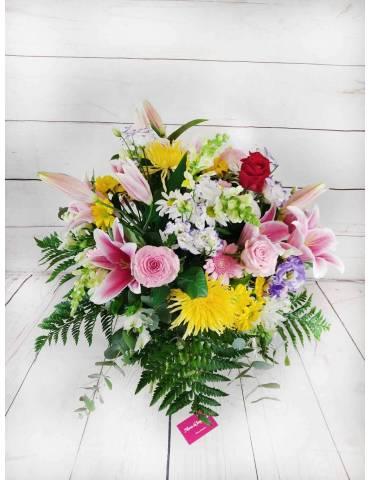 flores coloridas para regalar a una madre.